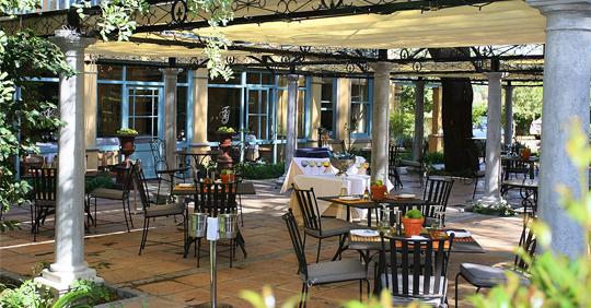 Monneaux Restaurant